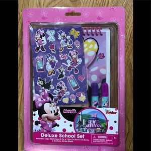 Disney Minnie Mouse Stationary School Set -
